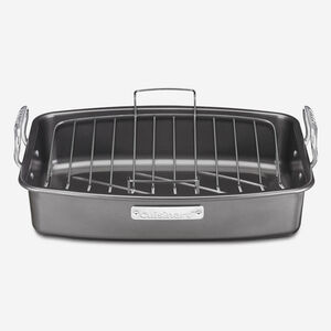 "17"" (43 cm) Roasting Pan with Rack"